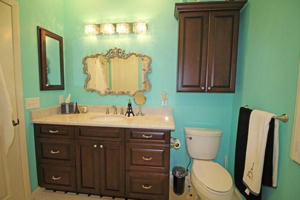 gal-bathroom3
